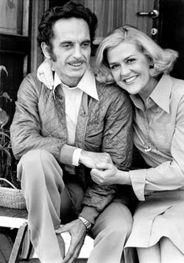Sonny Benneweis and his wife Nelly Jane, married 1977. <!--two years before he died in cancer.-->